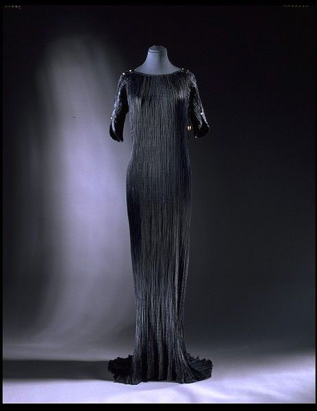 "Mariano Fortuny, ""Delphos"" Evening Dress of Pleated Satin with Venetian Glass Beads. Italy, c. 1920."
