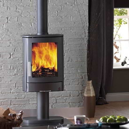 A contemporary stove on a pedestal, the ACR Neo 3P also has two side slit windows either side of the main window so you can see the fire from more points in the room.