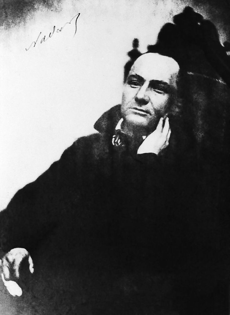 Baudelaire flaneur essay