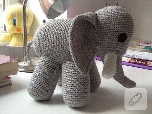 Amigurumi Minion Tarifi : 823 best orgu images on pinterest crochet dolls knit crochet and