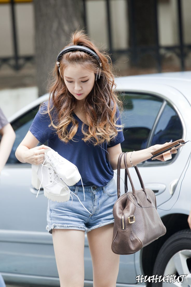 1000+ Images About Korean Stars / Airport Fashion / Casual