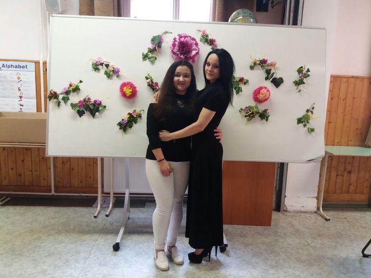 Éva és Mercédesz a műsor előtt