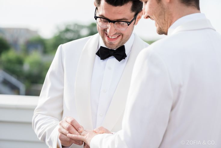 22 Stunning Same-Sex Wedding Photos That Are So Full Of Love | Huffington Post