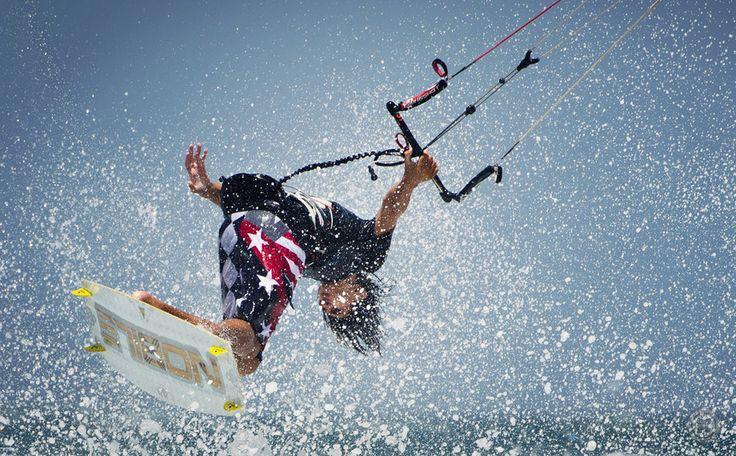kite (John Carranza)  kitesurfing, extreme