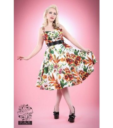 Find this Pin and more on mode femme style pin up.
