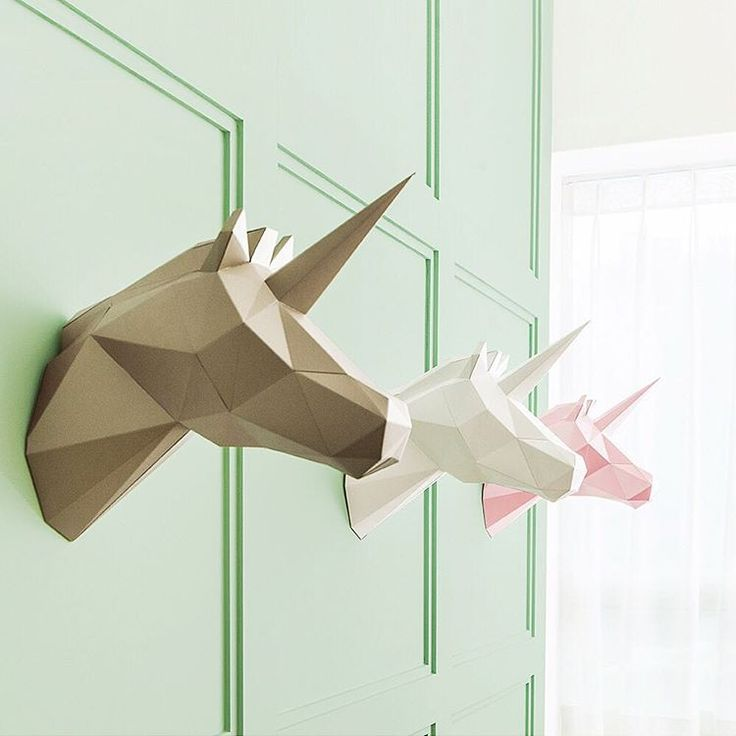 Putting up an elegant piece of low-polygon animal art in your home has just become a whole lot easier. PAPA, a Korean company whose name stands for Play Art. Polygon Art, sells polygon animal sculptures made of high-quality paper that you can assemble in your own home.