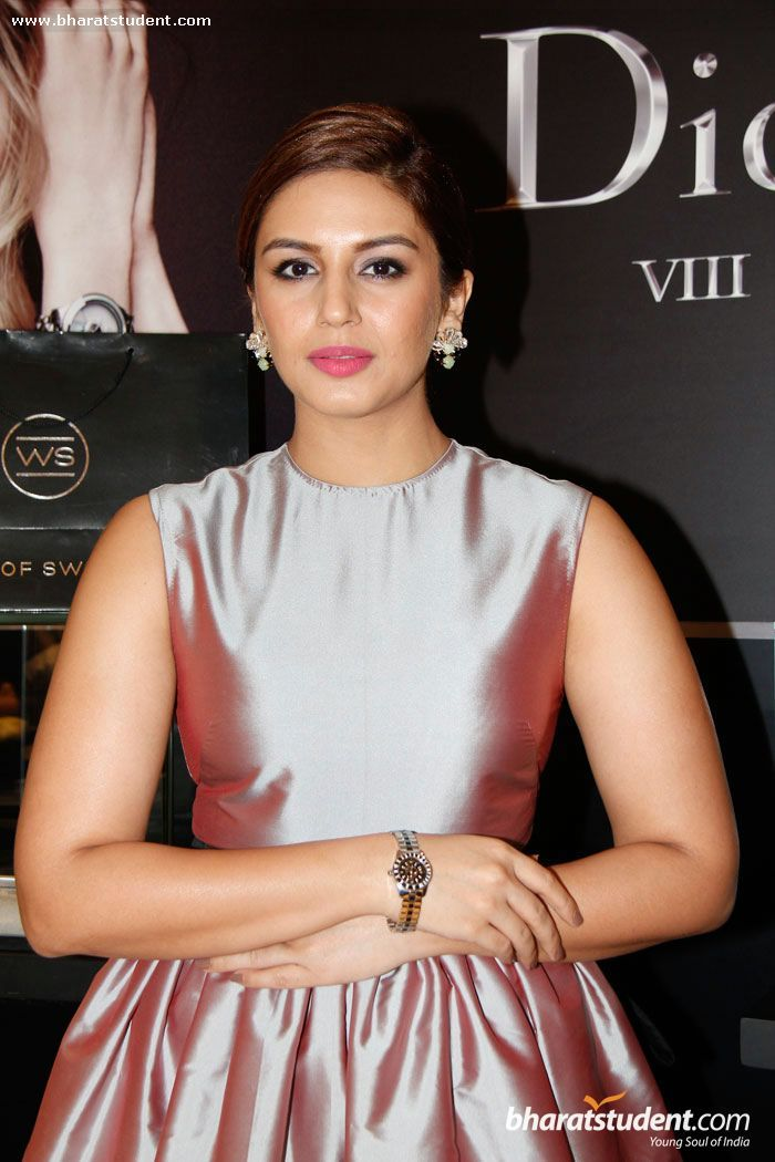 Hindi Actress Huma Qureshi Photo gallery | Happy in 2019