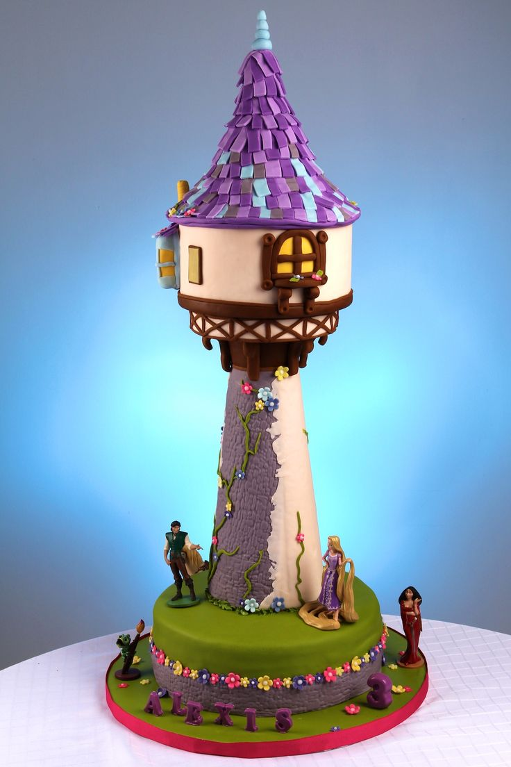 Making A Rapunzel Tower Cake