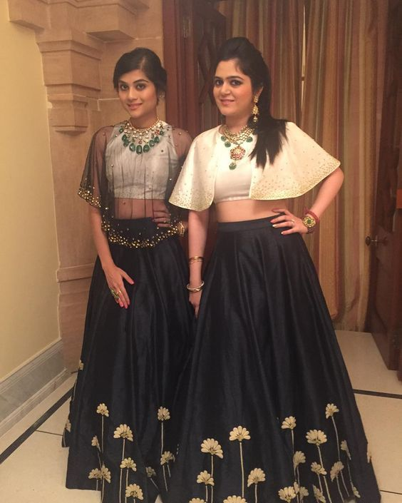 latest crop blouses for summer weddings..;