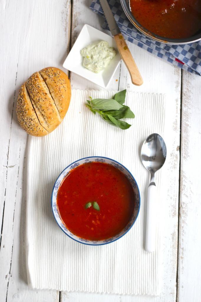 Snelle tomatensoep in 15 minuten - Lekker en Simpel