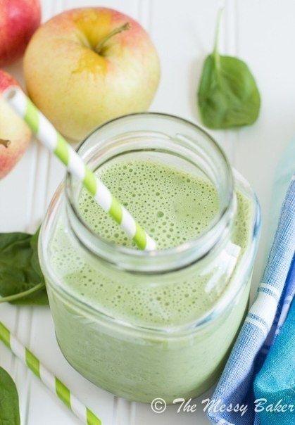 Как приготовить яблочно-банановый зеленый смузи - рецепт, ингридиенты и фотографии