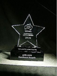 Custom Awards and Corporate Awards are a great way to uniquely communicate and reinforce your organization's brand.Best3dcrystalgifts provides these Corporate Awards and Trophies with affordable price.
