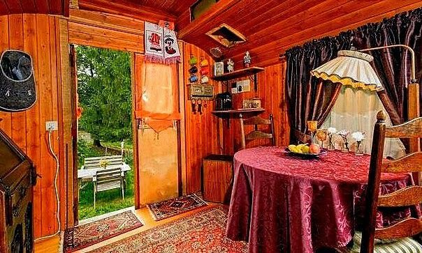 Gipsy woonwagen interieur