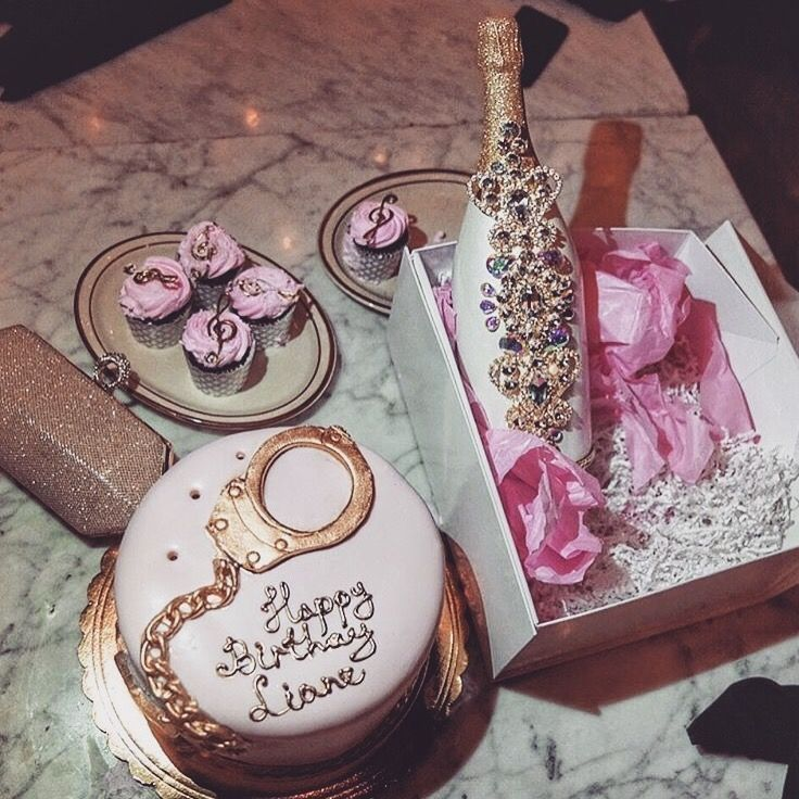 Unique Birthday Cake Design Becomes Act Of Kindness : 17 Best ideas about 22 Birthday on Pinterest 22nd ...