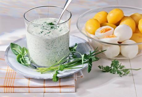 Einfach Lecker » Frankfurter Grüne Soße » Finden Sie leckere Rezeptideen für jeden Tag, die Ihnen das tägliche Kochen leichter machen. » Einfach Lecker