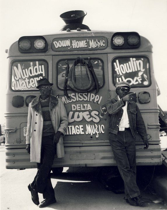 Muddy Waters and Howlin' Wolf