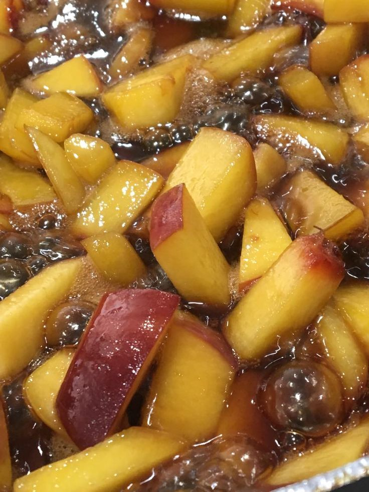 CARAMELISED PEACHES! Check out our recipe!