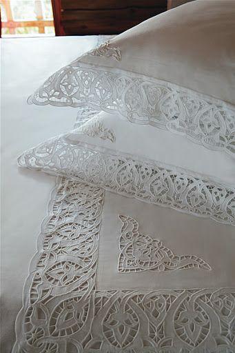 Подушки, постельное бельё, банные полотенца - Kostos Nicola - Picasa Web Album
