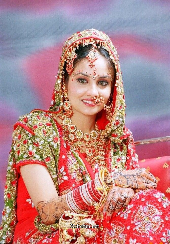 Indian Bridal Traditional Dress jewelry And Makeup ...
