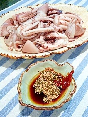 いかげそ ボイルレシピ・作り方の人気順|簡単料理の楽天レシピ いかげそボイル 〜韓国風★コチュたれ添え〜
