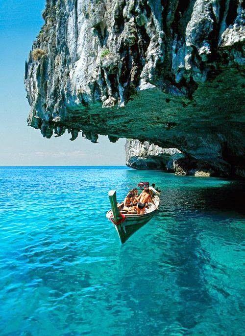 Deep blue sea in Santorini, Greece   Countries and Spot