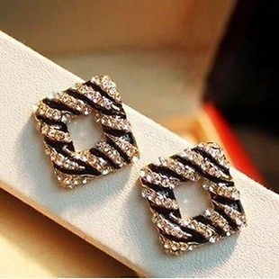 Beautiful Stylish Designer Fashion Latest Crystal Stud Earrings For Women  #Earrings