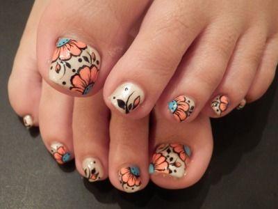 Pedicure, Toe Nail Art: Floral Design