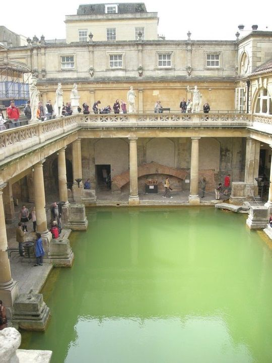 Las 25 mejores ideas sobre termas romanas de bath en pinterest y m s ruinas de pompeya mass Bathroom design leamington spa