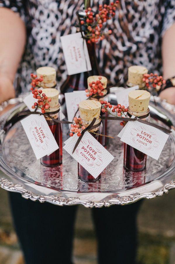 wedding favors ideas do it yourself%0A Wedding Favor Ideas  Love Potion    Diy