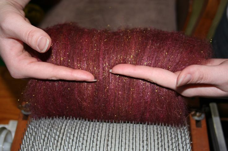 A Yarn Maker's Journey: Photo Tutorial: Adventures in Drum Carding - excellent tutorial thanks expertly dyed