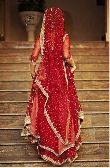 Perf wedding dress color