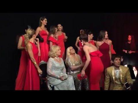 Susana Giménez y Mirtha Legrand en la Gala 25 Aniversario de revista CARAS (07/11/17).
