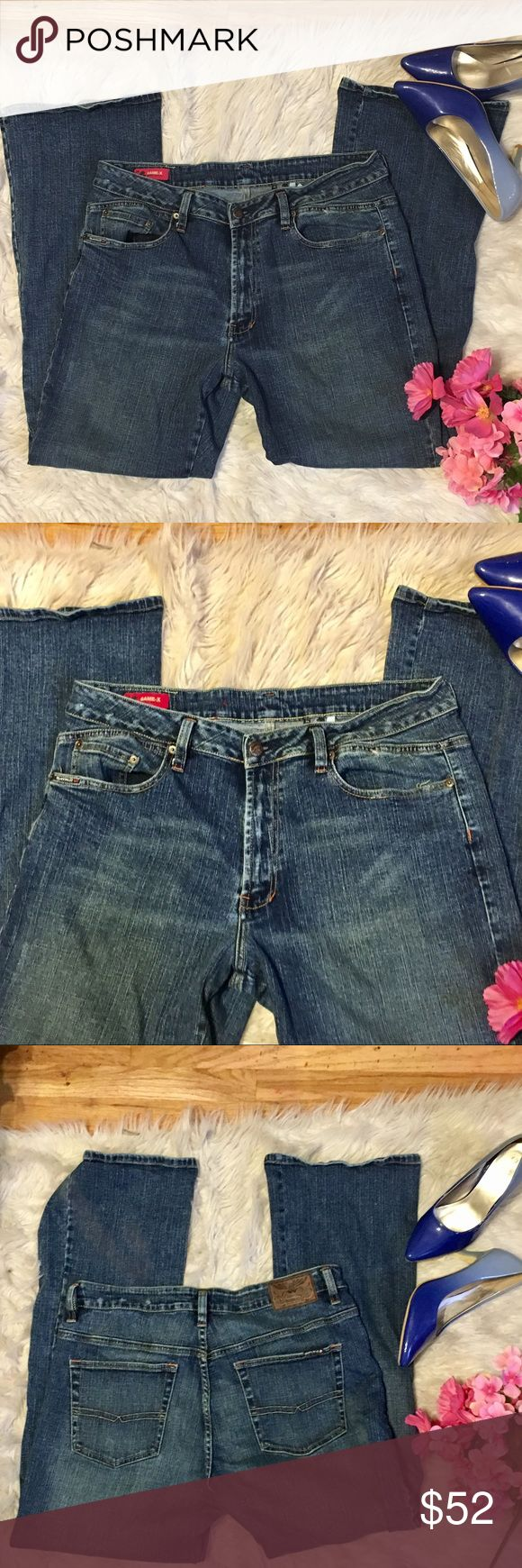 Buffalo by David Bitton relaxed jeans Buffalo by David Bitton boot leg relaxed jeans game x. 98% cotton 3% spandex. Like new condition. Size 36. Bundle and save 15% Buffalo David Bitton Jeans Boot Cut