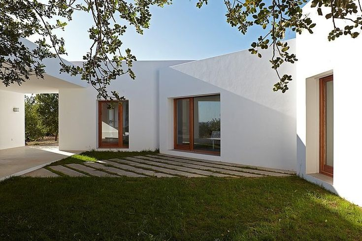 House in Ibiza by Roberto Ercilla Arquitectura