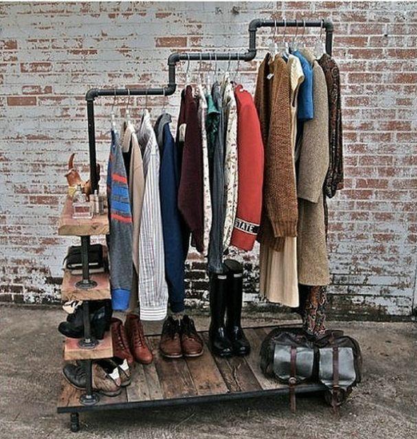 Vintage espositori abbigliamento abbigliamento industria a fare il vecchio tubi metallici pannello in legno massiccio scaffale