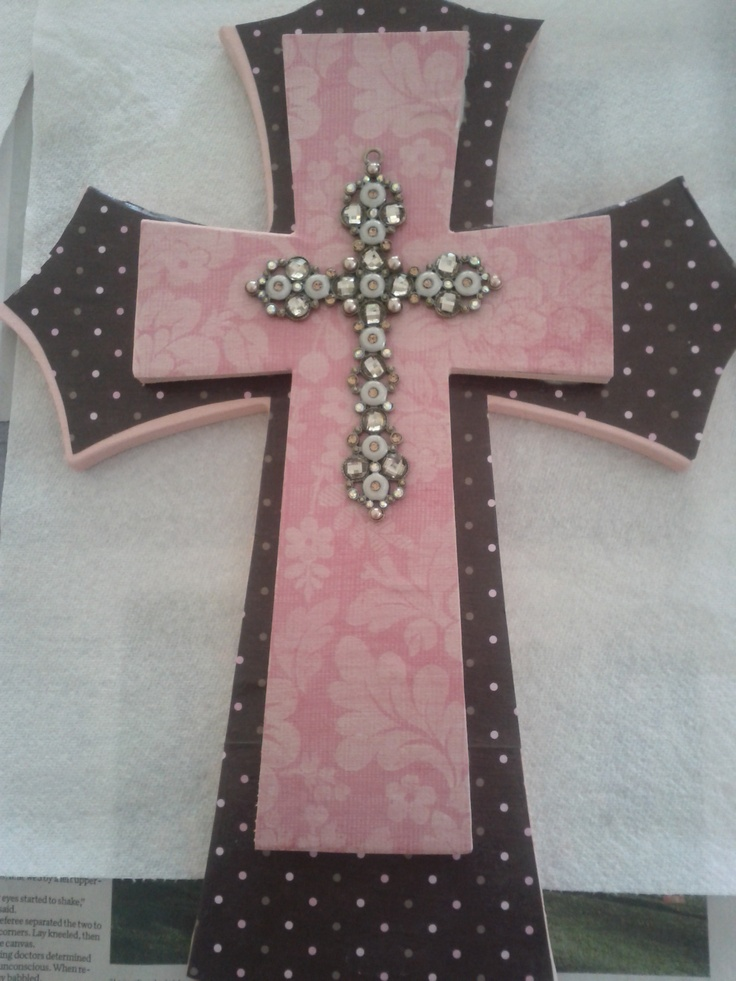 Best 25 acrylic spray paint ideas on pinterest pink for Cardboard crosses for crafts