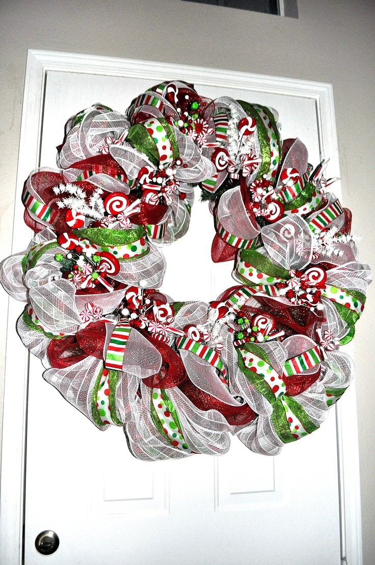 crafts with ribbons ideas wreath using wired mesh ribbons craft ideas 4161
