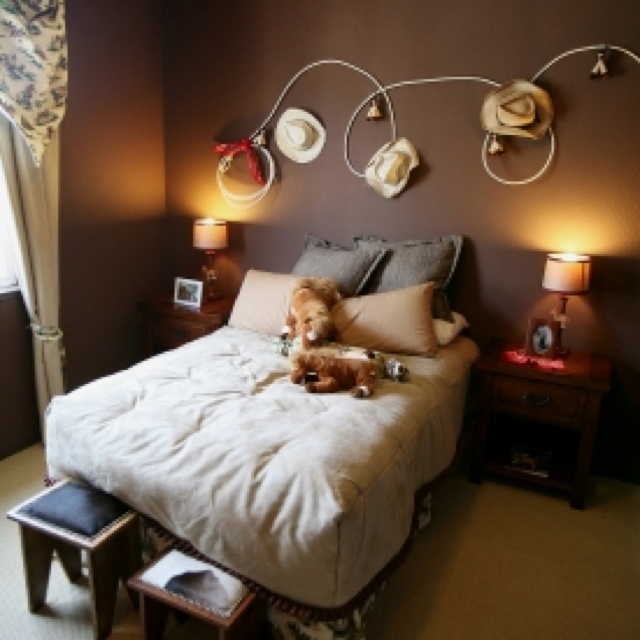 cowgirl rope hat wall decor home designs pinterest. Black Bedroom Furniture Sets. Home Design Ideas