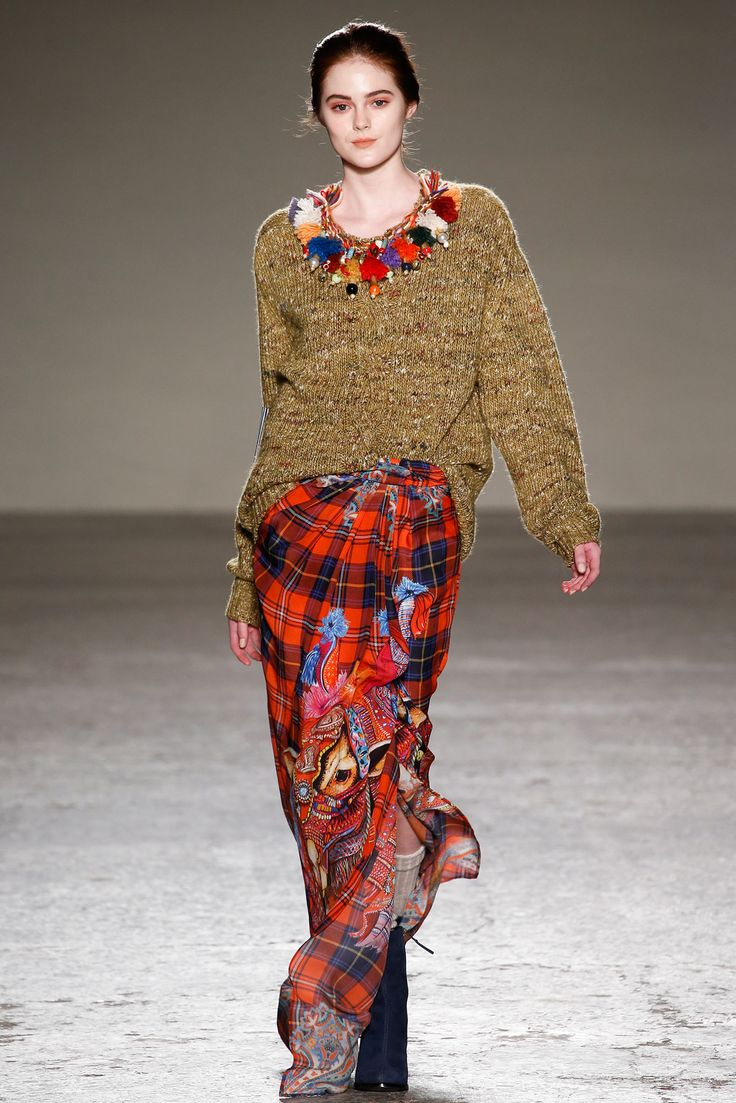 Stella Jean - Fall 2015 Ready-to-Wear - Look 6 of 31 Love this cozy look. Beautiful plaid skirt with a very cool print. The necklace brings it all together.