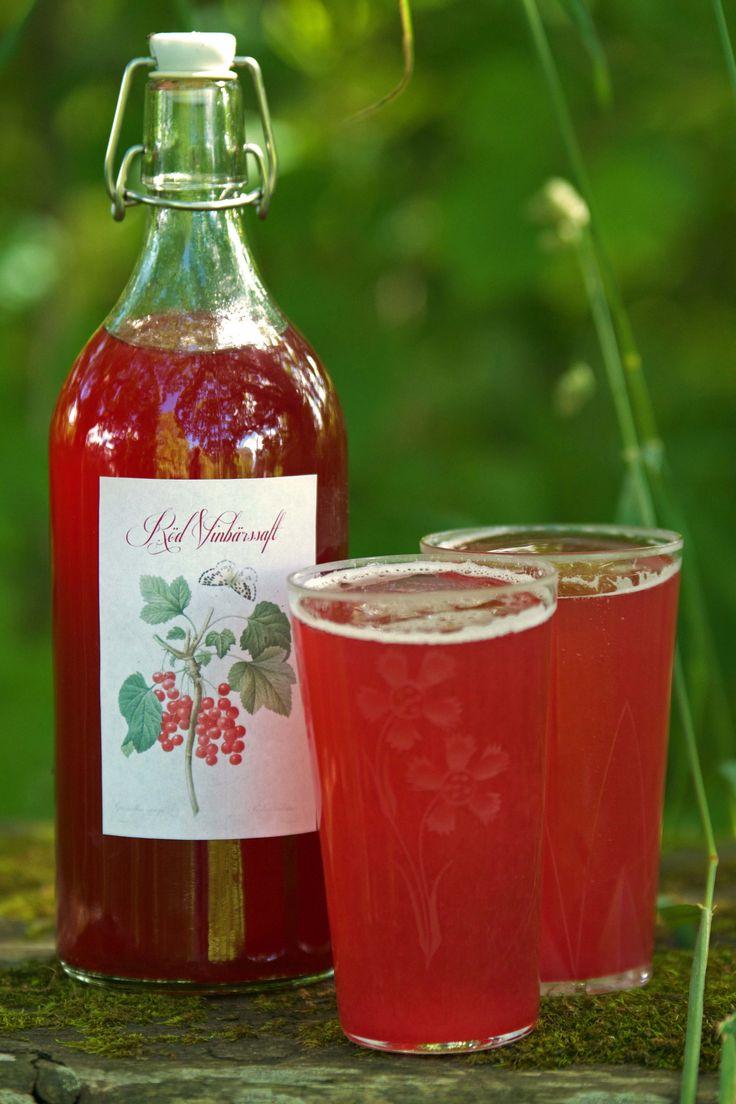 Recept på röd vinbärssaft och gratis etiketter att skriva ut