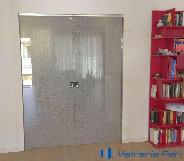 Oltre 25 fantastiche idee su porte scorrevoli su pinterest porta scorrevole porte armadio e - Tenda porta scorrevole ...