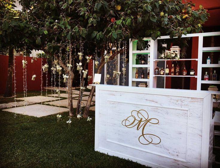 We customize your ideas, wedding bar, decor, destination wedding by love memories
