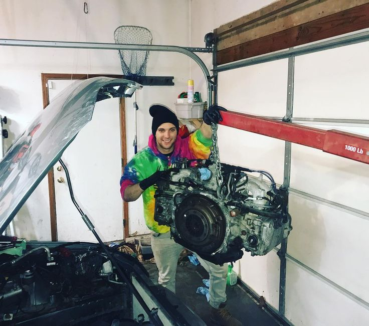 best 25 mechanic garage ideas on pinterest car shop mechanic man cave ideas and man parts. Black Bedroom Furniture Sets. Home Design Ideas