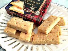 Un dolcetto scozzese tradizionale e un' aromatica tazza di tè al latte: la ricetta dei biscotti scozzesi shortbread mi fa tornare nelle Highlands!