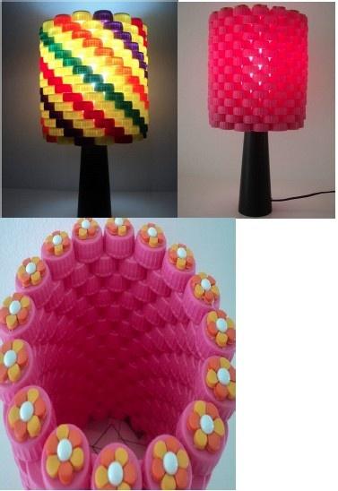 DIY: Table lamp with pet bottle corks!!!!! for details click here http://reciclaedecora.com/reciclagem/abajur-com-tampinhas-de-garrafa-pet/