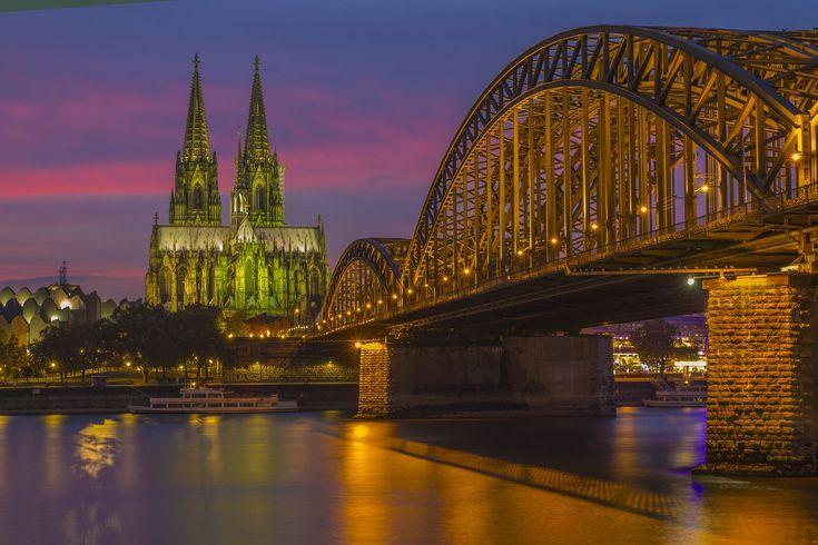 ドイツを旅行するなら外せない定番のおすすめ観光スポットを30ヶ所厳選しました。筆者は1ヶ月かけてドイツの様々な都市を旅行したことがあります。そのときに訪れた様々な観光名所や、友人・知人から聞いた定番・おすすめ観光スポットの中から30ヶ所を選びました。各スポットの注目ポイントも紹介していますよ!