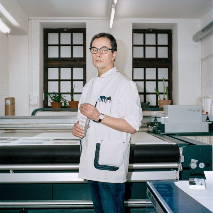 Gerhard Steidl makes books an art form: He is the printer the world's best photographers trust most (New Yorker 22 May 2017)
