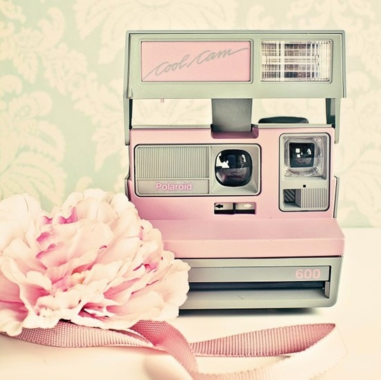 Vintage pink polaroid camera. All I want for my 27th Birthday. <3