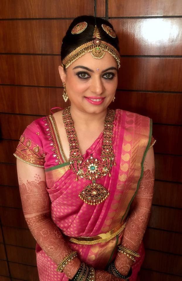 Traditional Southern Indian bride wearing bridal hair, saree and antique jewellery. Muhurat look. Makeup by Swank Studio. #BridalSareeBlouse #SariBlouseDesign   Find us at https://www.facebook.com/SwankStudioBangalore