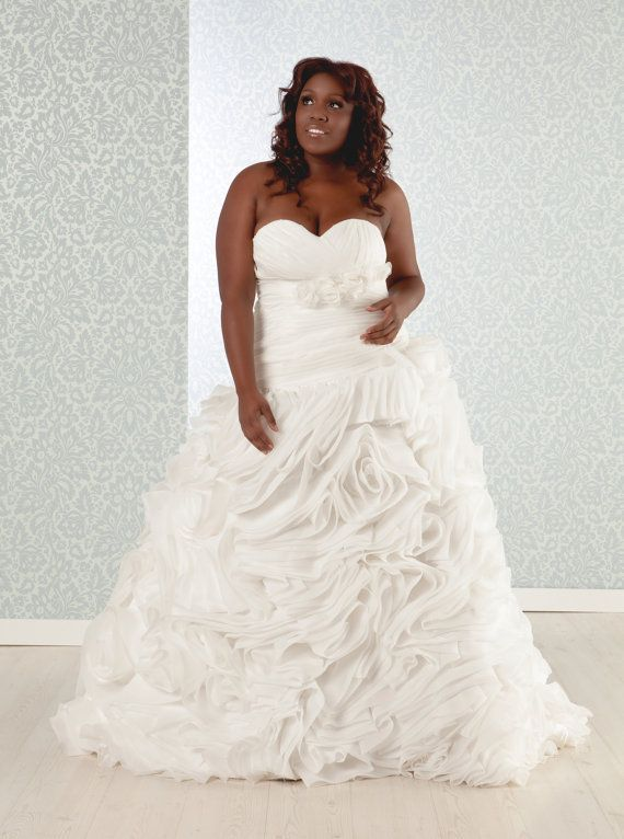 RealSizeBride RSB On Etsy Creates Beautiful Bridal Shapes For Large And Lovely Ladies The Wedding Dresses Plus SizeUsed
